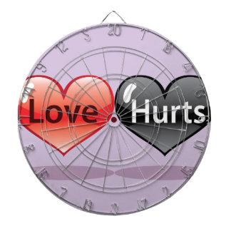 Daños del amor que flotan los corazones rojos y