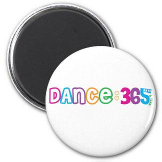 Danza 365 imán redondo 5 cm