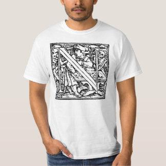 Danza de la camisa de la letra N de muerte