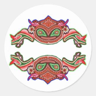 Danza de la rana de la diversión - monstruos pegatina redonda