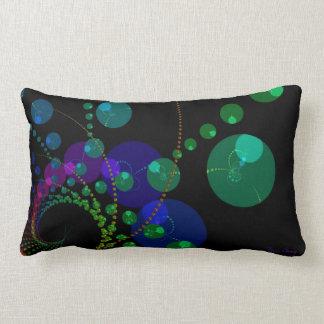 Danza de las esferas II - violeta y trullo cósmico Cojín