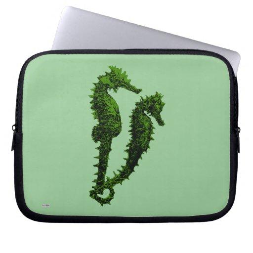 Danza de los Seahorses (verde) Funda Computadora