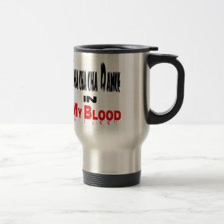 Danza del cha del cha de Cha en sangre Tazas De Café