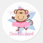 Danza del tutú del amor del mono pegatina redonda
