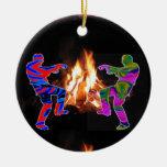 Danza del zombi de la hoguera adorno navideño redondo de cerámica