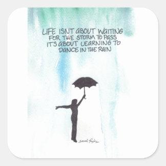 Danza en la lluvia calcomanía cuadradase