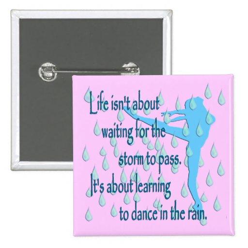 Danza en los botones de la lluvia pins