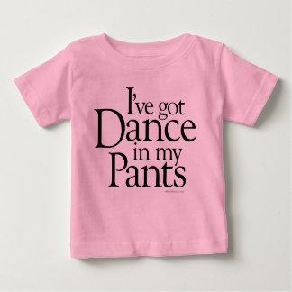 Danza en mis pantalones playeras
