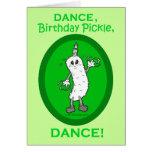 ¡Danza, salmuera del cumpleaños, danza! Felicitación