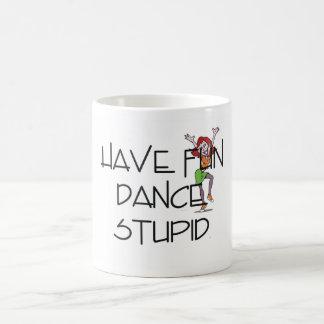 Danza SUPERIOR estúpida Taza Básica Blanca