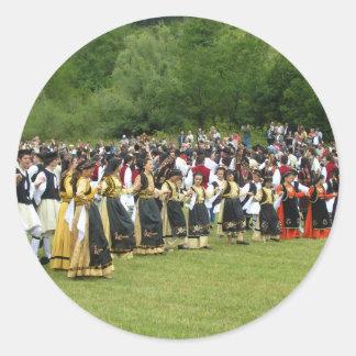 Danza tradicional griega pegatina redonda