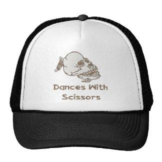 Danzas con las tijeras gorras