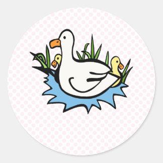 Darcy Duck Classic Round Sticker