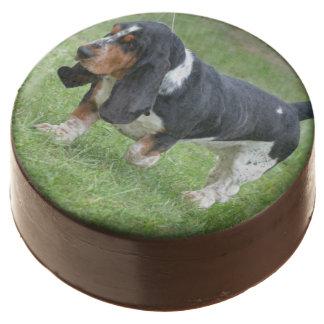 Dark Basset Hound Dog Chocolate Dipped Oreo
