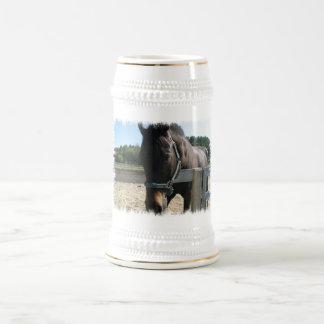 Dark Bay Thoroughbred Horse Beer Stein 18 Oz Beer Stein