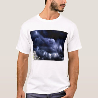 Dark Blue Ominous Mammatus Clouds-close up- by KLM T-Shirt