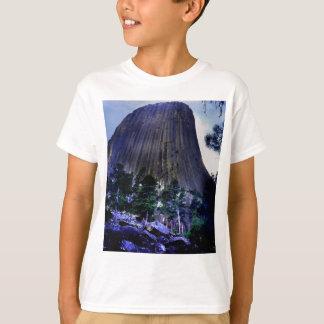 Dark Blue Sky and Ponderosa Pine at Devils Tower T-Shirt