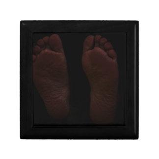 DARK FEET GIFT BOX