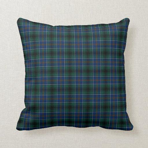 dark green and blue clan innes hunting tartan throw pillow zazzle. Black Bedroom Furniture Sets. Home Design Ideas