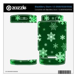 Dark Green Snowflakes BlackBerry Storm Skins