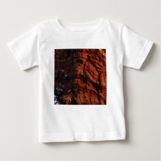 dark red rock lines baby T-Shirt