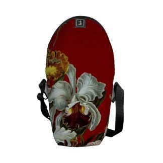 Dark Red Vintage Flower Garden Messenger Bag