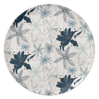 dark wood grain flowers plate