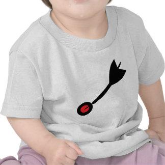 dart in bull´s eye icon t-shirt