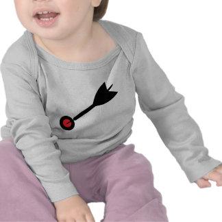 dart in bull´s eye icon shirts