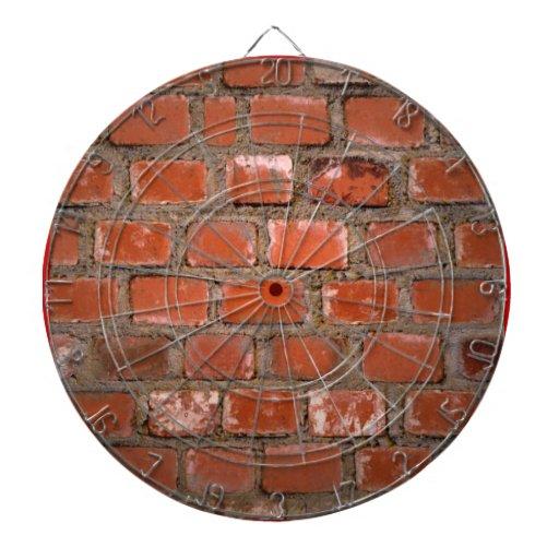 Dartboard de la pared de ladrillo tablero dardos