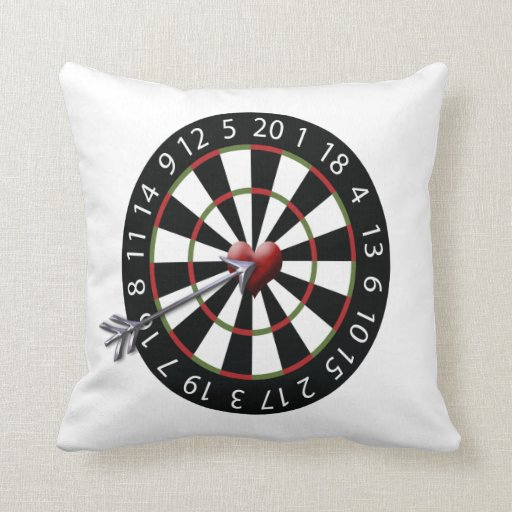 dartboard love arrow throw pillow