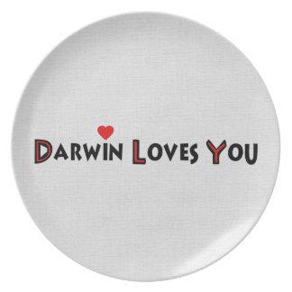 Darwin le ama plato de cena