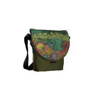 Dascyllus Messengers Messenger Bags