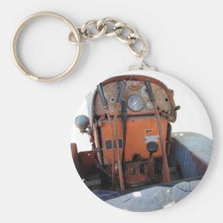 Dashboard old italian crawler tractor basic round button keychain