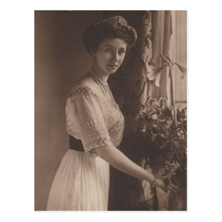 DAUGHTER Kaiser Wilhelm II of Germany #039D Postcard
