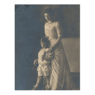 DAUGHTER Kaiser Wilhelm II of Germany #040D Postcard