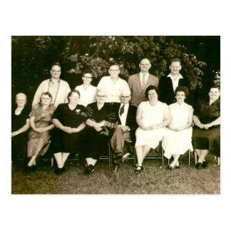 Davis Family, Mundys Corner, PA Postcard