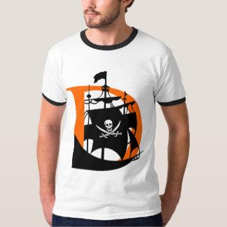 Davis Pirates Men's Ringer T-Shirt