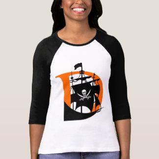 Davis Pirates Women's 3/4 Raglan Sleeve T-Shirt