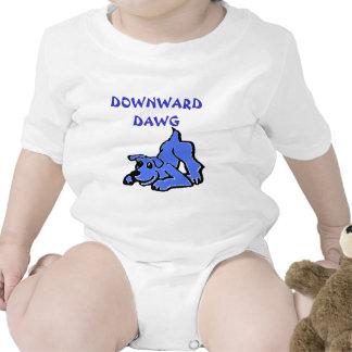 Dawg hacia abajo traje de bebé