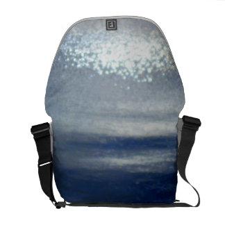 Dawn at sea Medium Messenger Bag