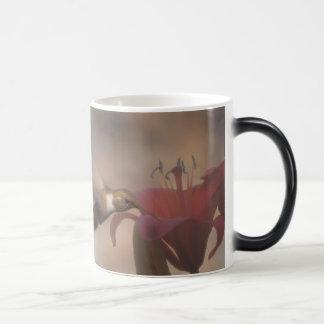 Dawn Hummer 11 Oz Magic Heat Color-Changing Coffee Mug