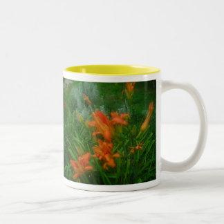 Daylilies anaranjados taza de café
