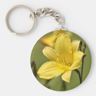 Daylily flower keychain