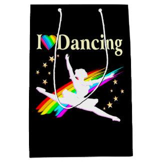 DAZZLING I LOVE DANCING BALLERINA DESIGN MEDIUM GIFT BAG