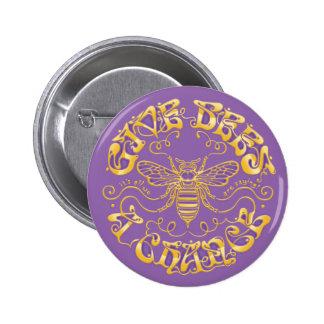 Dé a abejas una oportunidad pin redondo de 2 pulgadas