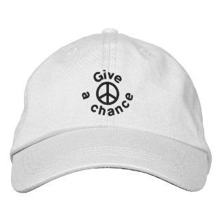 Dé a paz una oportunidad gorra de beisbol bordada