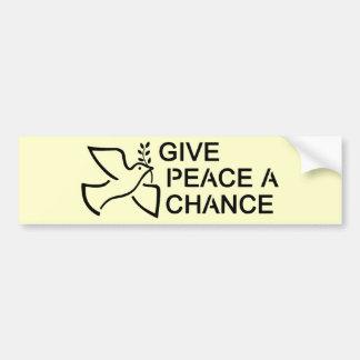 Dé a paz una oportunidad pegatina para auto