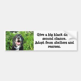 Dé a perro negro grande una segunda oportunidad… pegatina para coche