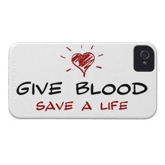 Dé a reserva de la sangre a la vida iPhone 4 Case-Mate fundas